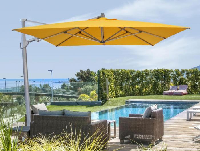 Entzuckend Abbildung Zeigt Den Sainttropez In Der Farbe Gelb Gartenmbel Und Platten  Gehren Nicht Zum With Ampelschirm Monte Carlo